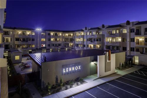 The Lennox Las Vegas Photo 1