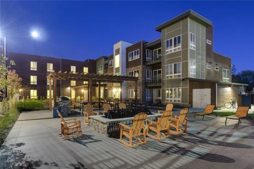 Boulder View Apartments Photo 1
