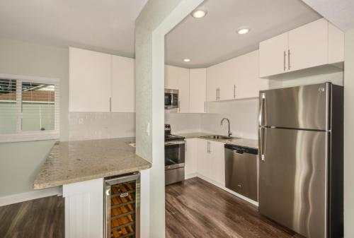 Carlyle Flats Photo 1