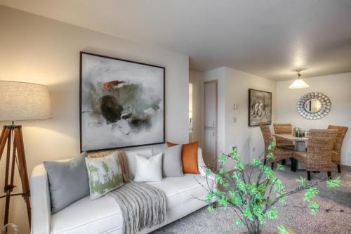 Hogan Woods Apartments Photo 1