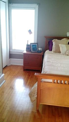 Seeking Roommate for Phenomenal Furnished Home! Photo 1