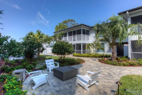 Bayside Villas East Photo 1