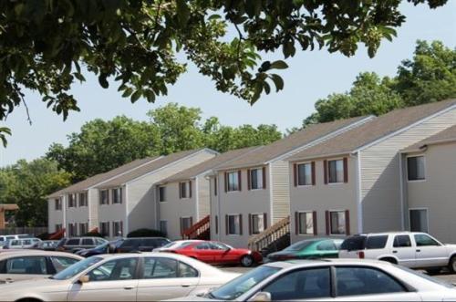 Oakbrook Terrace Photo 1