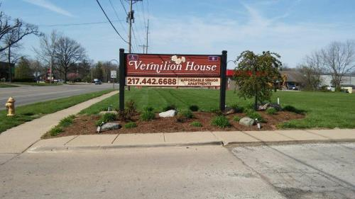 Vermilion House Photo 1