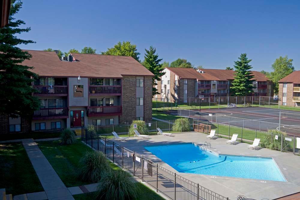 Briarwood Village Apartments At 2020 E Bennett Street Springfield Mo 65804 Hotpads