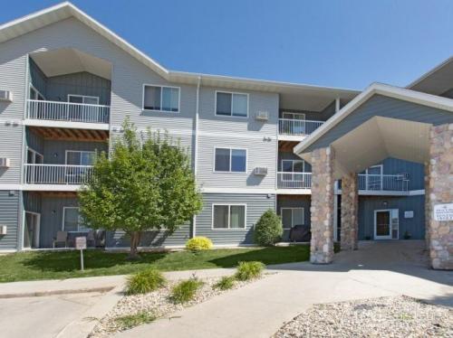 West Lake Apartments Photo 1