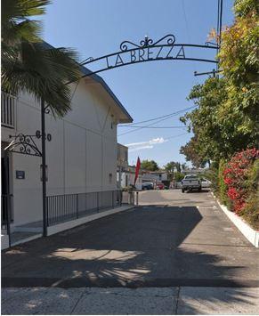 La Brezza Photo 1