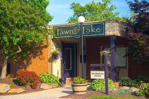 Fawn Lake Photo 1