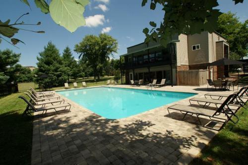 Carrington Ridge Apartments Photo 1