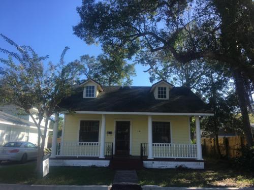 1841 Hollenbeck Drive Photo 1