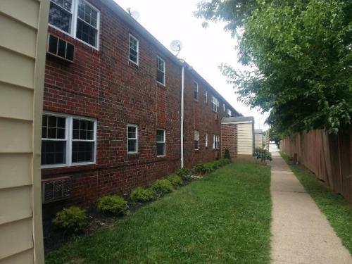 210 Trinity Avenue Photo 1