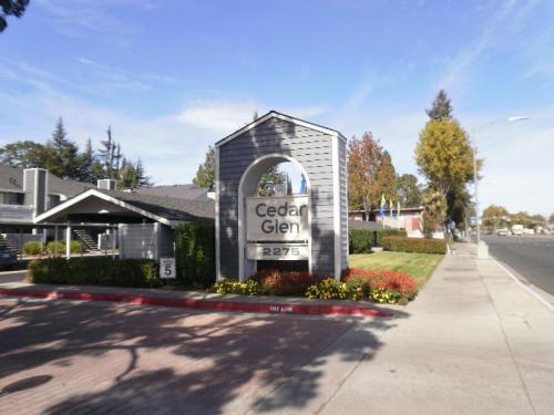 Cedar Glen Photo 1