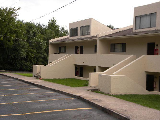 College Grove Apartments