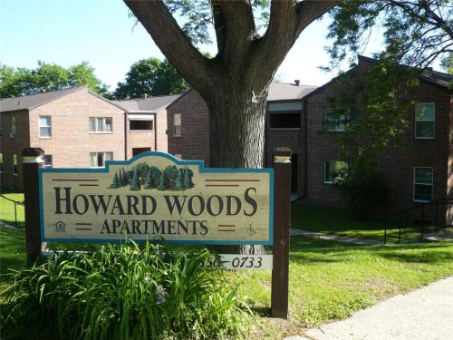 Howard Woods Photo 1