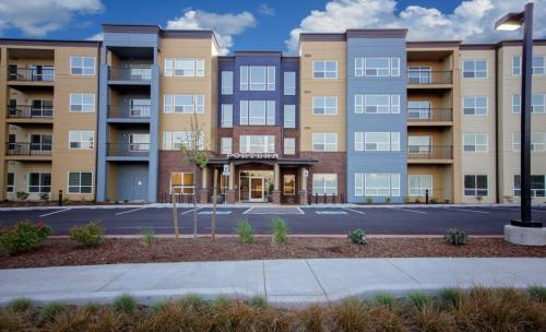 Portera at the Grove 55+ Community Photo 1