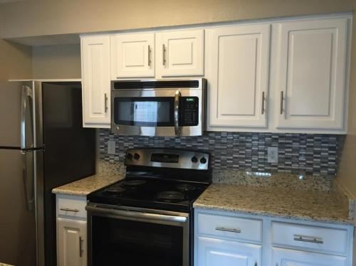 Silver Creek Apartments Photo 1