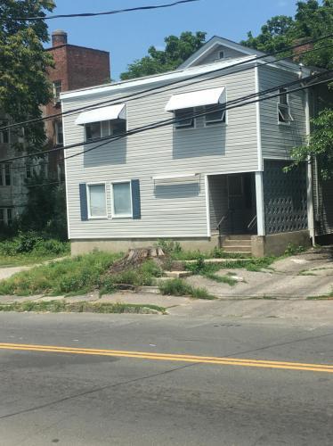 132 Grove Street Photo 1