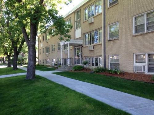 550 View Street Photo 1