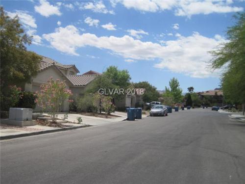 10459 Lilac Tree Avenue Photo 1