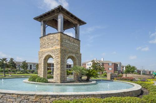 Landmark at Cypress Falls Photo 1