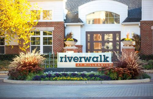 Riverwalk at Millenium Photo 1