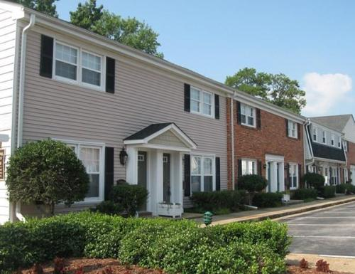 Walkers Chase Townhouses Photo 1