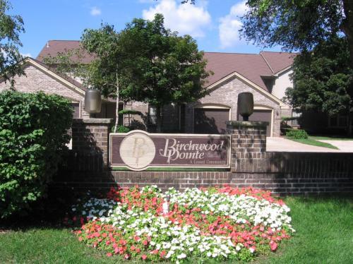 Birchwood Pointe Apartments Photo 1
