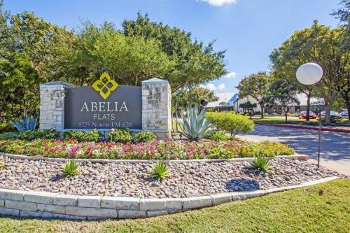 Abelia Flats Photo 1