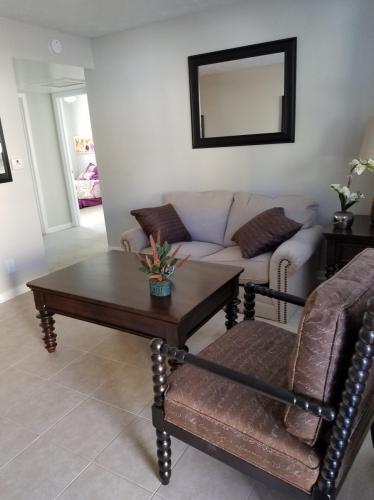 Almeda Apartments Photo 1