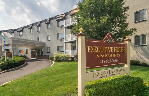 Executive House Apartments Photo 1