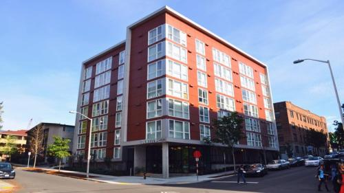 Identity Seattle- Student Housing Photo 1