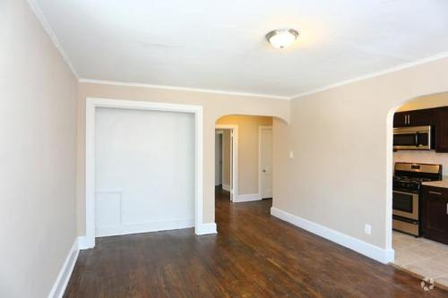 Lennox Apartments Photo 1