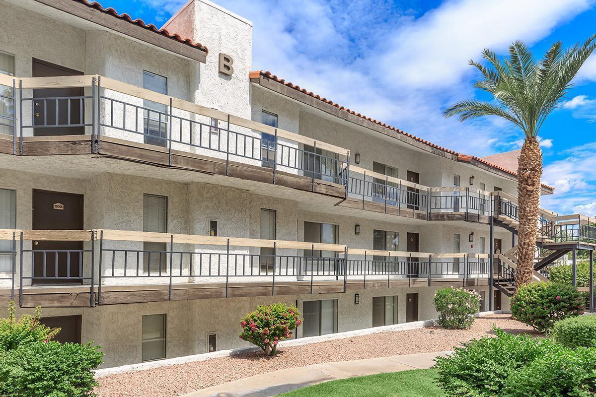 mission palms apartments at 6131 n 16th street phoenix az 85016 mission palms apartments at 6131 n 16th street phoenix az 85016 hotpads