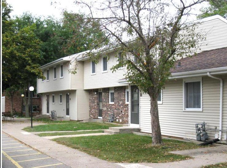 Rivercrest Village Townhomes Apartments Prairie Du Chien Wi Hotpads
