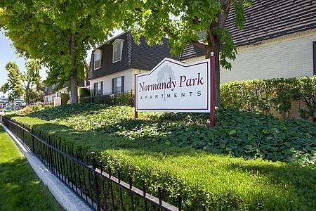 Normandy Park Apartments Photo 1