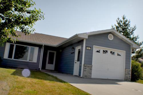 110 Prairie Place #1 Photo 1