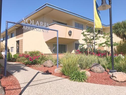 Solaris Apartments Photo 1