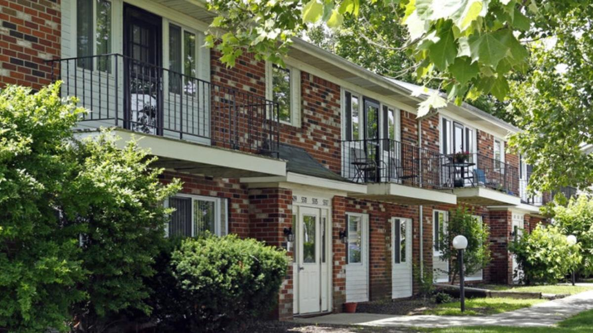 Northcrest Gardens Apartments Fort Wayne In From 625mo Hotpads