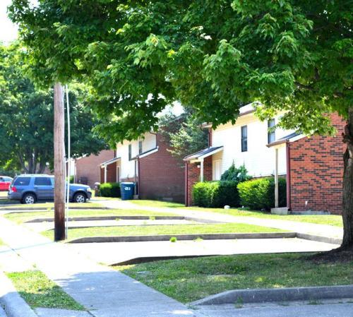 Edgewood Heights Photo 1