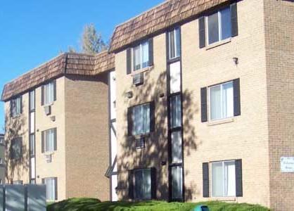 Southglenn Place Photo 1