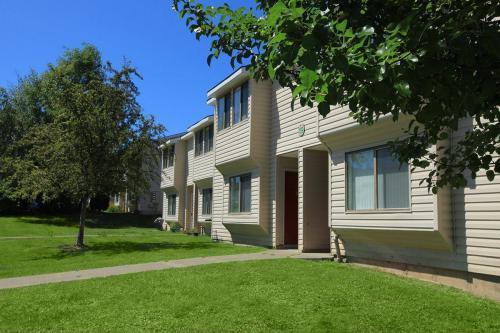Vandenburgh Place Photo 1