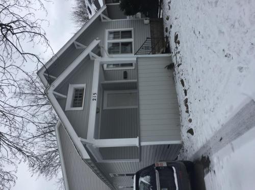 215 Cedar Street East Lansing MI 48825 HotPads