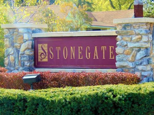Stonegate Photo 1