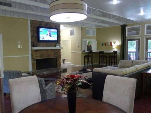 Residence at River Bend Photo 1
