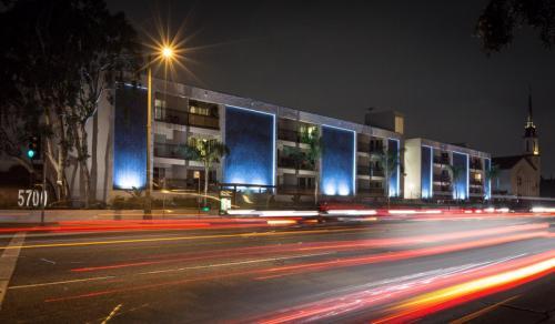5700 W Olympic Boulevard Photo 1
