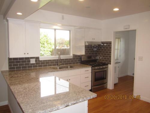 503 S Gretta Avenue Photo 1
