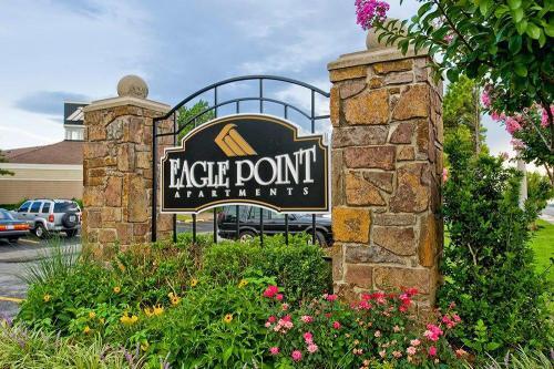Eagle Point Photo 1