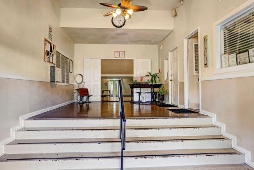 William B Travis Apartments Photo 1