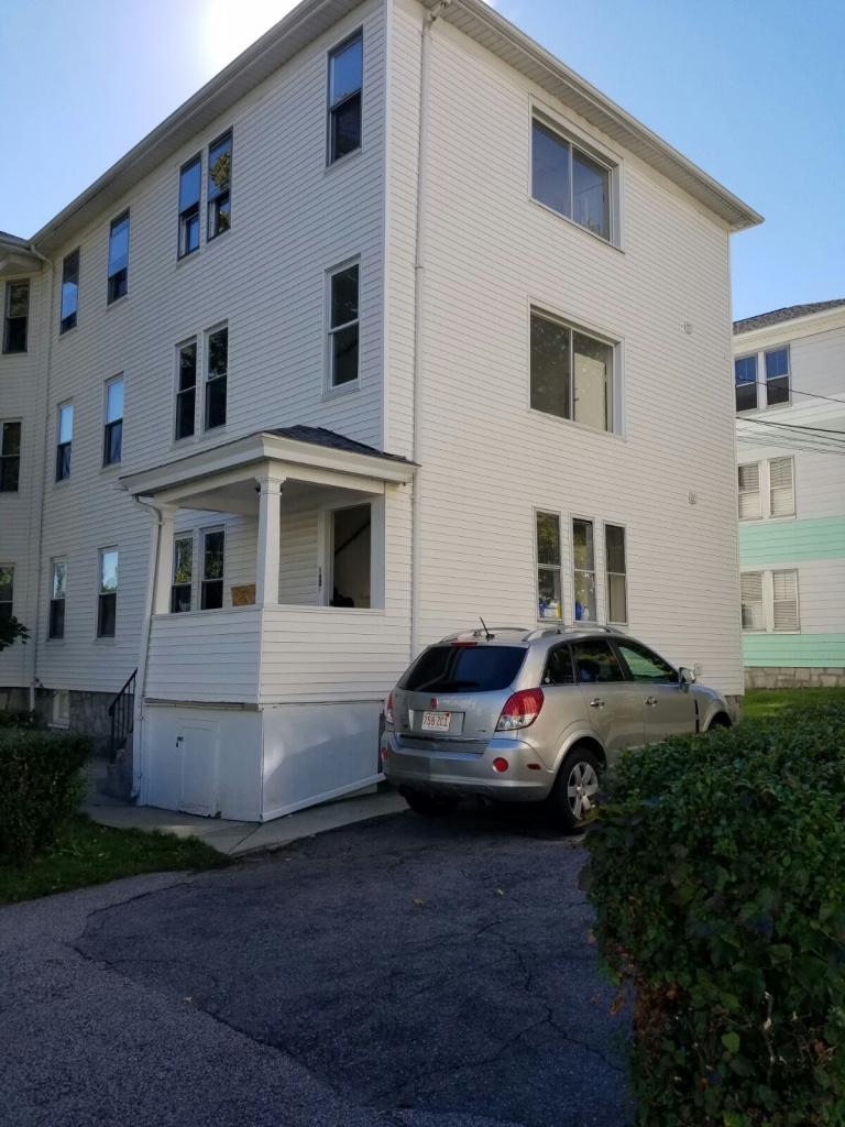 Apartment unit 3 at 497 grafton street worcester ma - 3 bedroom apartments in worcester ma ...
