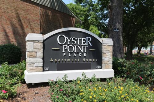 Oyster Point Place Photo 1